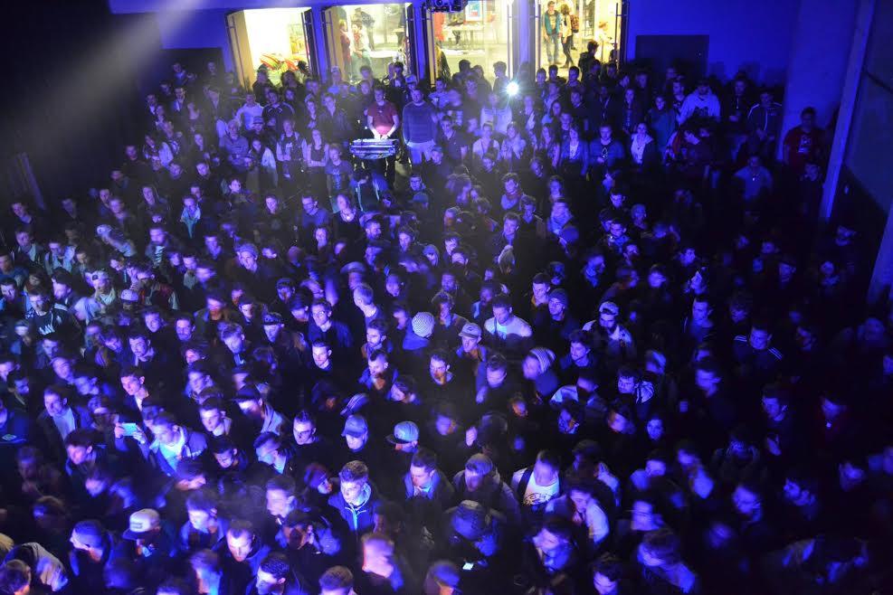 salle EVE - cafe concert - grenoble - campus - etudiants