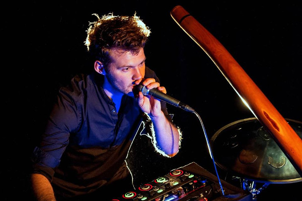 zalem - rubi delarbre - electro didg - didgeridoo